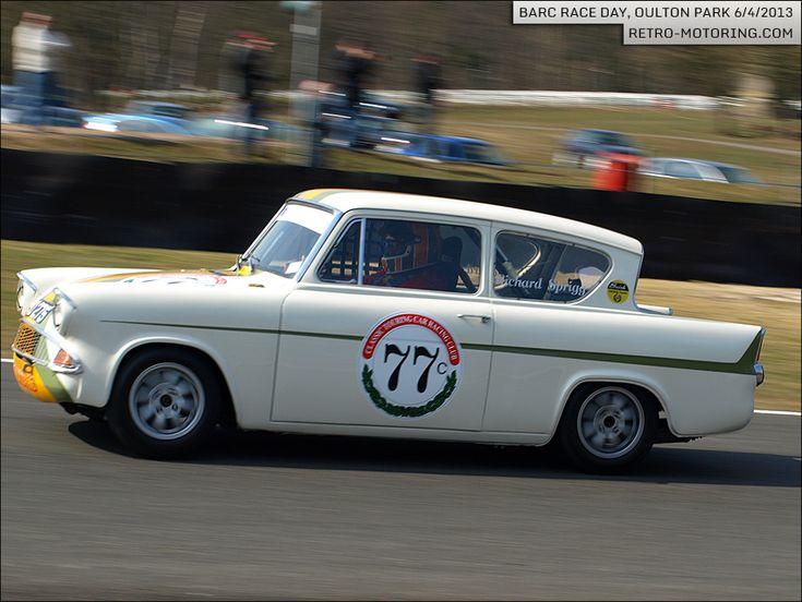 Car 77 - Richard Sprigg - #Ford #Anglia 105e
