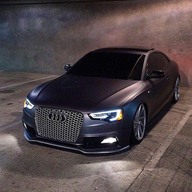 Audi S5 ---------------------------------------
