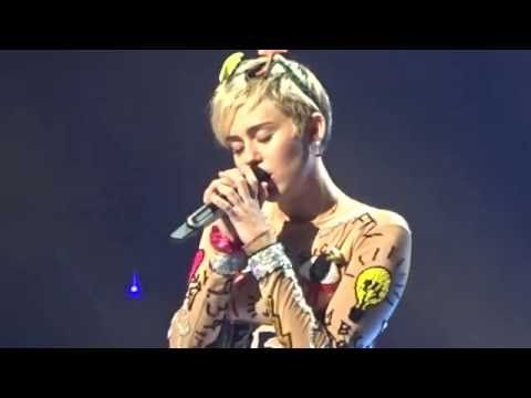 "Miley Cyrus - ""Lilac Wine"" (Cover) @ Rod Laver Arena, 10/10/2014 HD - YouTube"