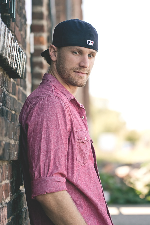 """Country singer/songwriter Chase Rice, Survivor contestant, get his new album on  iTunes """"Dirt Road Communion""""!"""
