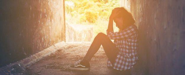 La endometriosis en los tiempos del feminismo-. Cada vez que publico en alguna red social que la regla no debe doler, alguien se me tira al cuello. Y como yo, a muchas de las mujeres que intentamos derribar el mito del dolor de regla. Lo peor vi…