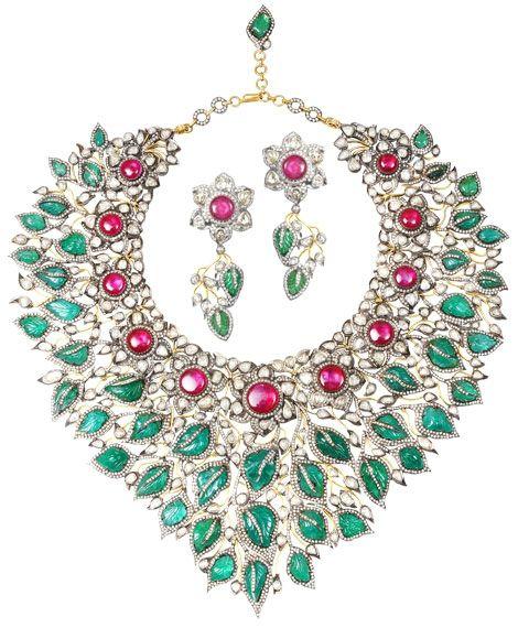 "Amrapali, Jaipur. ""The 'Sadabhar – Evergreen' necklace"