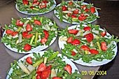 Spargel - Erdbeer - Salat (Rezept mit Bild) von Regine | Chefkoch.de
