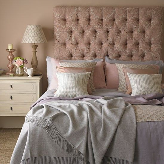 Rose and quartz bedroom | Decorating with country colours | PHOTO GALLERY | Country Homes & Interiors | Housetohome.co.uk: