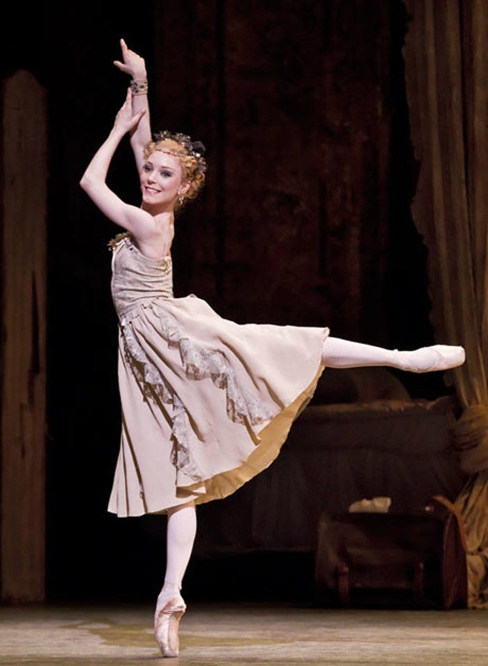 Sarah Lamb in Manon - photo by Johan Persson, Royal Opera House