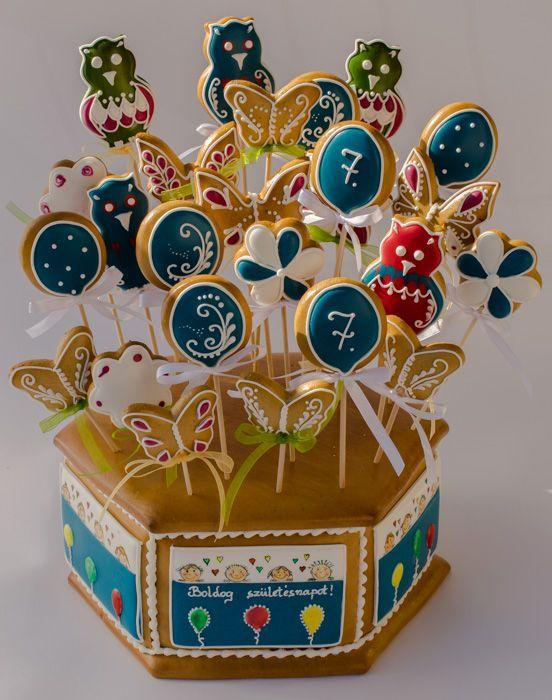 Születésnapi mézeskalácsdoboz