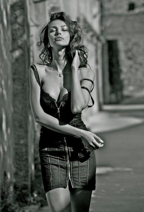 Madalina Diana Ghenea 03