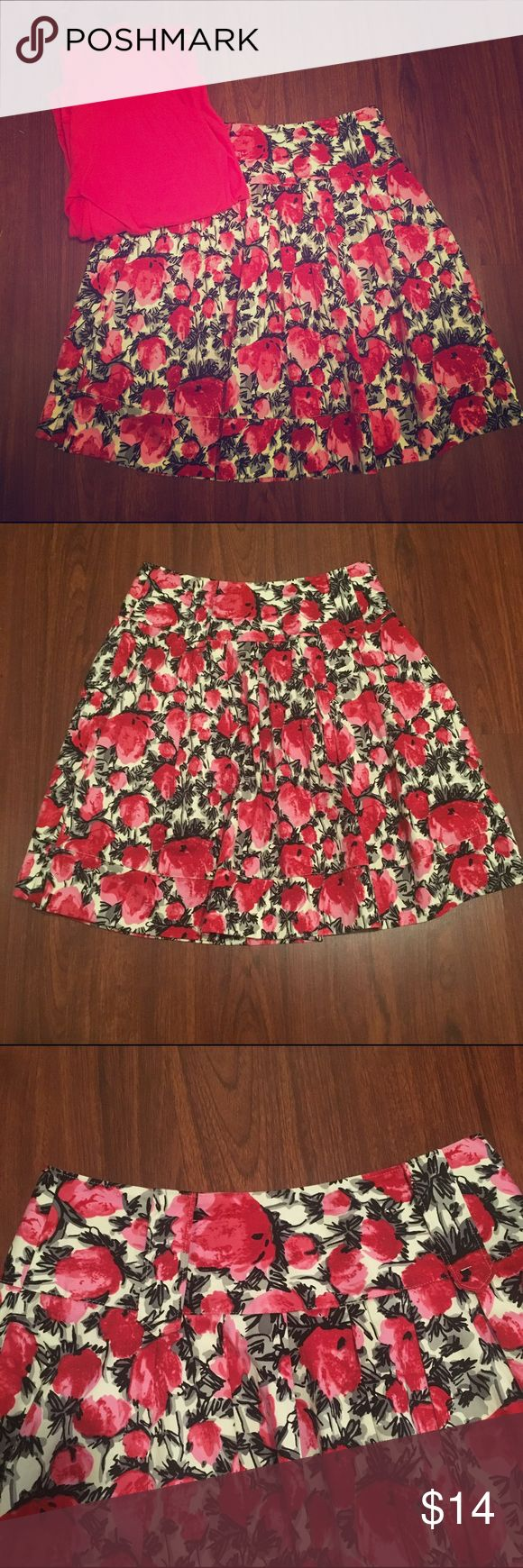 "Floral Skirt by Charlotte Rouse NWOT gorgeous floral skirt; (red, pink, black and white) | Charlotte Rouse | 14"" width; 21"" height 