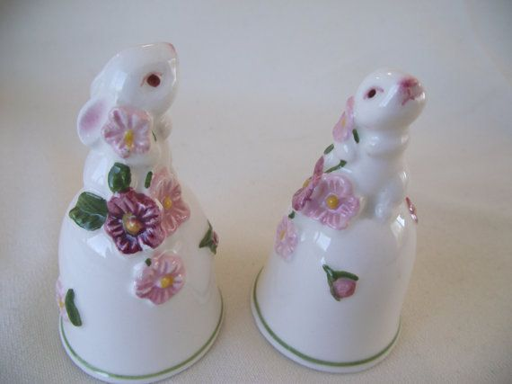 AVON BUNNY BELL Porcelain Collectible, White Rabbit, Bell Collector, Bunny Collector, Easter Gift, Made in Brazil, Vintage Avon Collectible