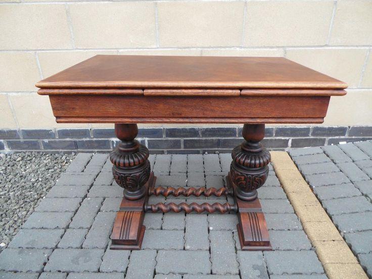 19. yüzyıl Jakoben açılır kapanır meşe masa . Ölçüler 63cm 65cm(115cm) 45cm