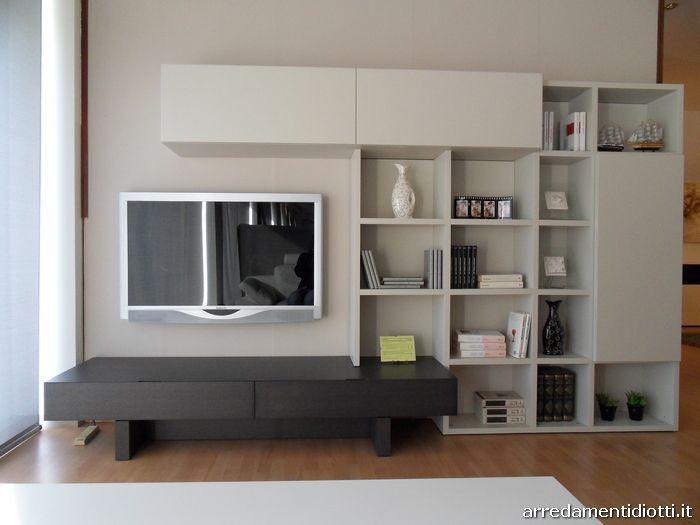 Soggiorno libreria Lounge con basi a portale - DIOTTI A&F Arredamenti