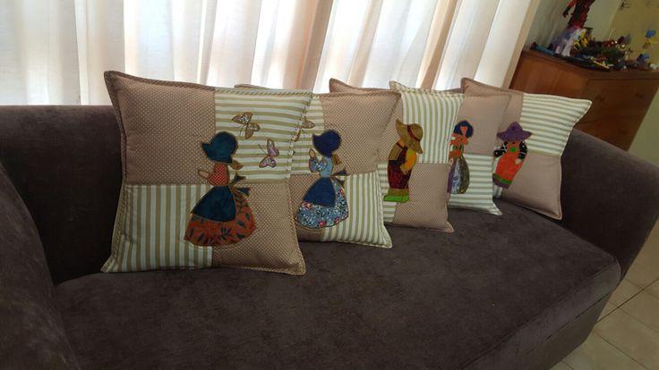 Sunbonnet cushion