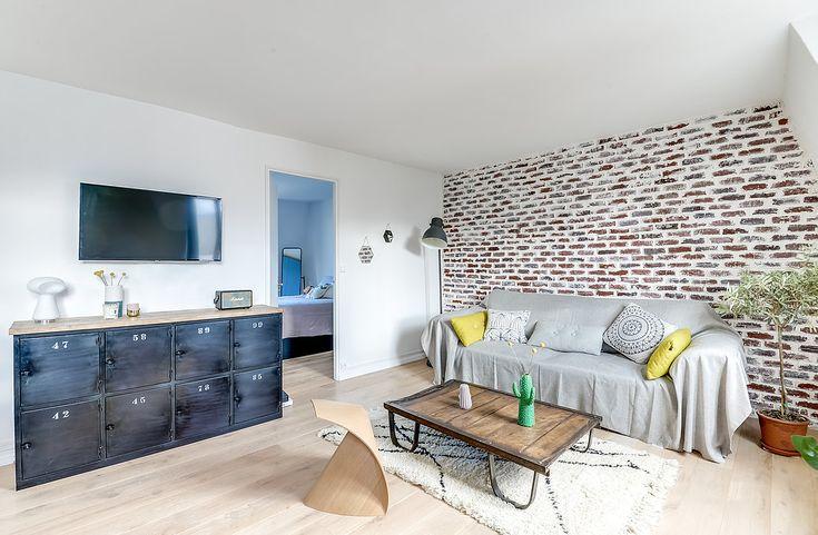 Architectes d'intérieurs, Agence Transition interior Design, Architectes: Margaux Meza et Carla Lopez Salon briques rouge