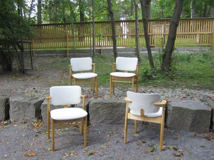 Ilmari Tapiovaaran Domus-tuolit.
