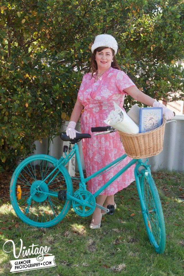 Daisy the Vintage Bike,dress hat & gloves from Cape Of Love.