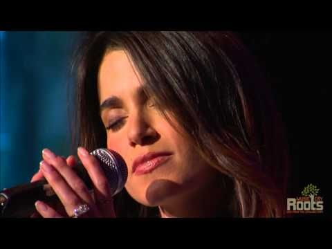 """Paul McDonald & Nikki Reed """"All I'm Asking"""" This is the #sweetestlivelovesongduoever"""