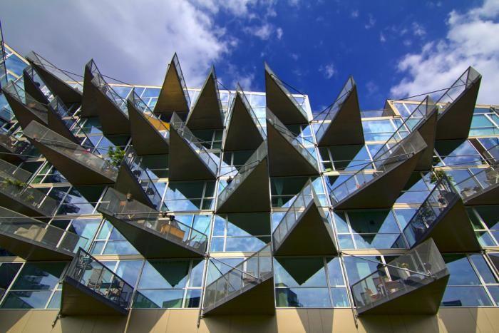 VM Housing designd Bjarke Ingels Group (BIG) spike