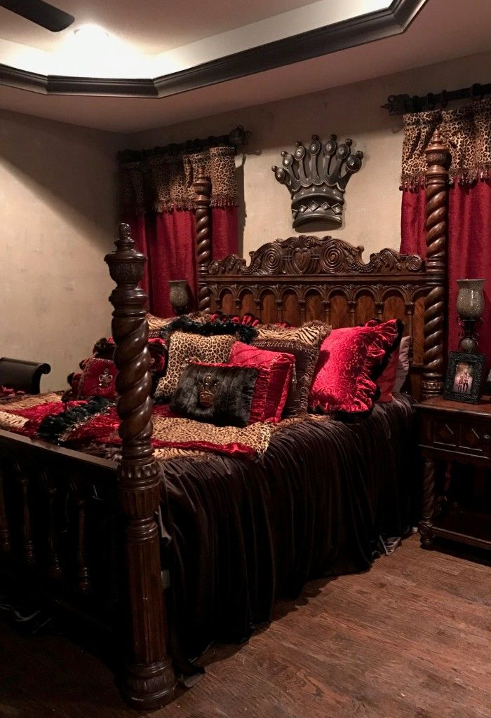 The 25+ best Royal bedroom ideas on Pinterest Luxurious bedrooms