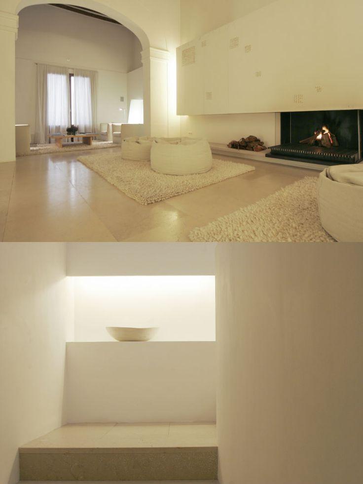 Convent de la Missió | Boutique Hotel | Palma de Mallorca | Spain | http://lifestylehotels.net/en/convent-de-la-missio | white, minimalistic, luxury, relax, natural light, rug, architecture, seating area, fireplace