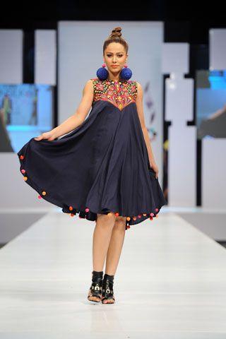Akif Mahmood Collection 2012 in Karachi Sunsilk Fashion of Week