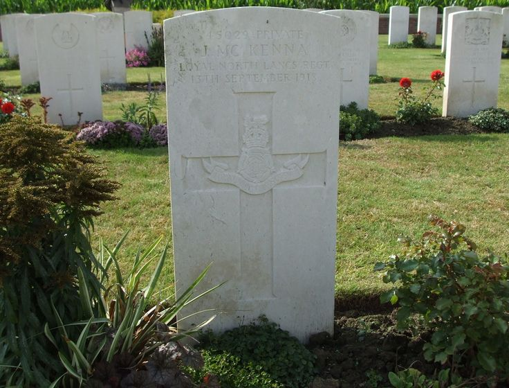45029 Private JOHN McKENNA 15th Battalion L.N.Lancs Regiment. Date of death 13/9/18. Born in Belfast. Formerly 72745 Royal Welsh Fusiliers. CWGC Headstone Hagle Dump Cemetery, Belgium