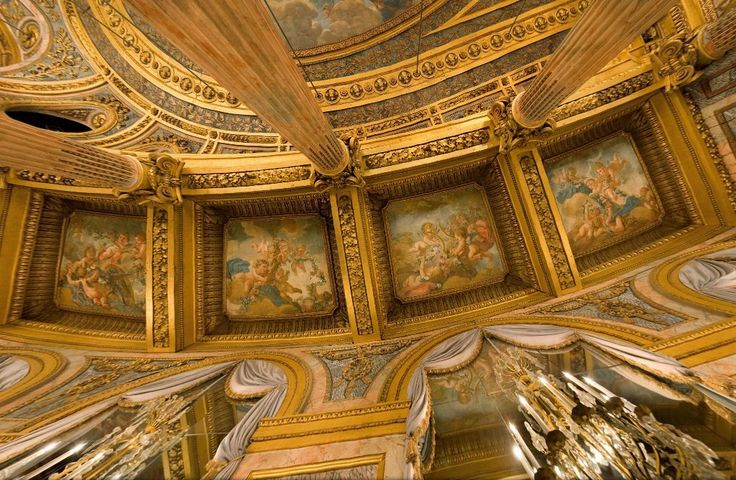 Detail looking straight up of The Royal Opera House, Chateau de Versailles: Chateaus, Versailles Trianon Mars, Ceilings Details, House Ceilings, Royals Opera, Versailles, Chateau De, Opera House, The Royals