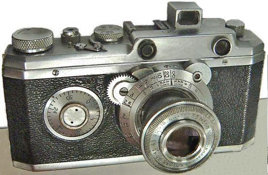La primera cámara de Canon usaba un objetivo de NIkon!