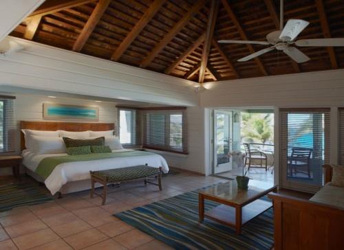 Peter Island Resort + Spa tropical bedroom