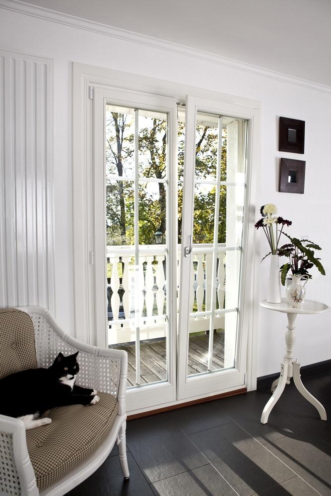 Ekstrands Fönsterdörr med Dreh-Kipp funktion #Window #Balconydoor #Interior #Design #Ekstrands #Cat