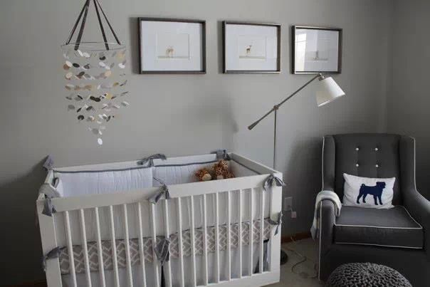 Nursery Light Gray Walls White Crib With Dark Gray