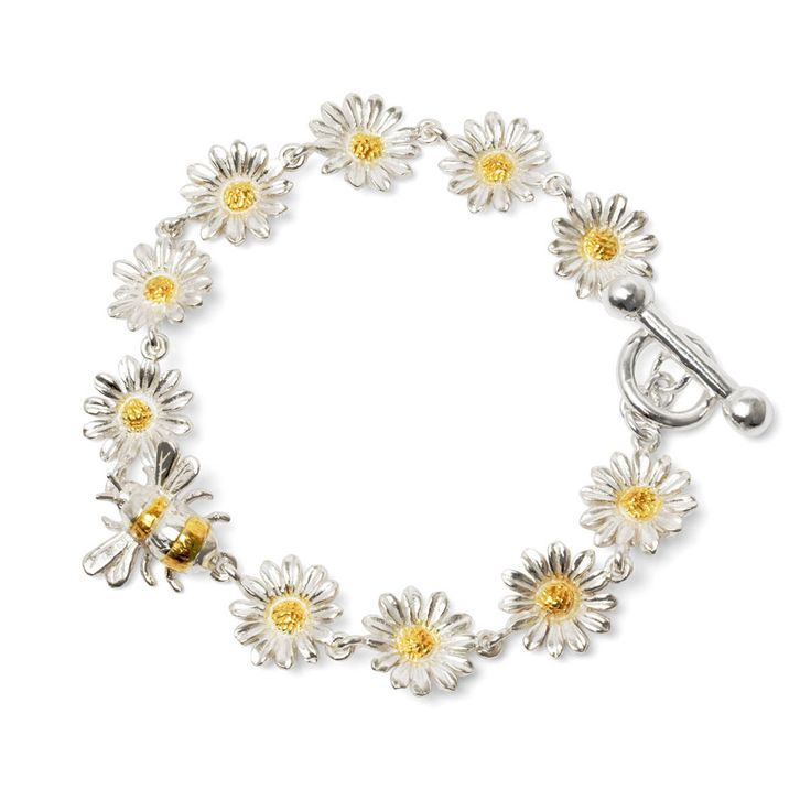 Silver and Gold Plated Flower and Bee Bracelet - The alluring beauty of a hand-tied daisy chain freshly picked from the grass is captured to perfection in this pretty bracelet.