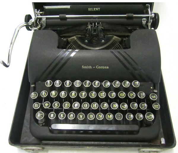 les 165 meilleures images du tableau typewriters the original word processor sur pinterest. Black Bedroom Furniture Sets. Home Design Ideas