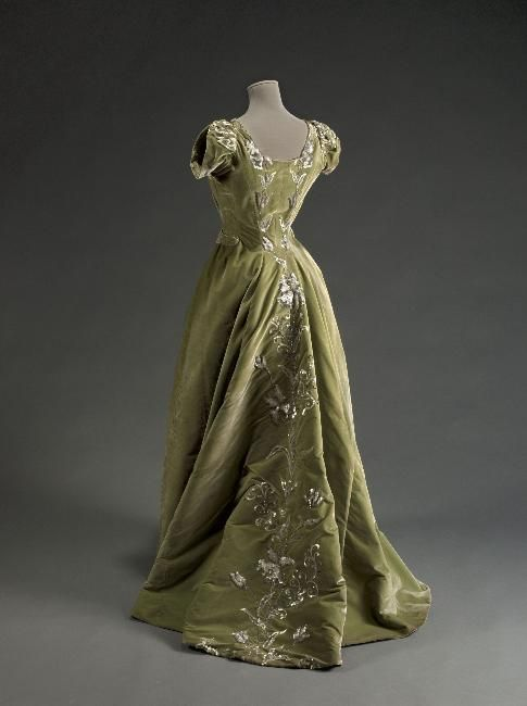 Dress Raudnitz, 1897 Musée Galliera de la Mode de la Ville de...