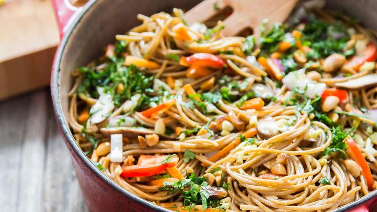 Dinner on the table in under 25 minutes with just 1 dish dirtied? No, this isn't a day dream. With 1 pot pasta, that dream is about to become a reality. This recipe is easy and DELICIOUS!! Add a little hot sauce when you serve it for a bit of a kick!