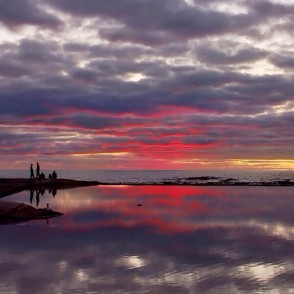 Breathtaking sunsets in #CampsBay  #MyntCafe #Restaurant #CapeTown