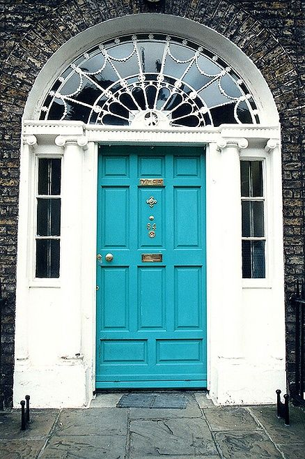 Georgian door to a residence in Dublin. & 69 best The Grand Georgian - Front Door (ideas) images on Pinterest ...