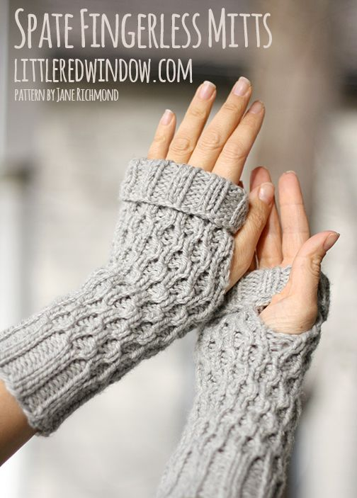 Spate Fingerless Mitts | littleredwindow.com |Make your own comfy cozy fingerless gloves, they're so easy to knit!