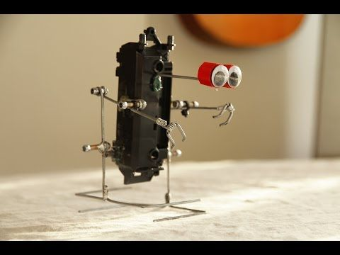 How to make a walking robot with moving arms #2 Galvanized wire biped - YouTube