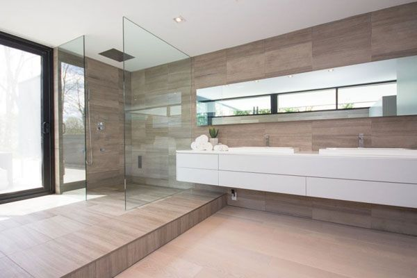 Sleek and sexy modern property in Oakville