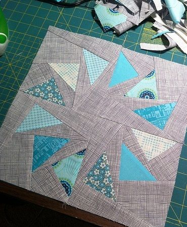 Stormy Skies Circle of Geese Block - Flying geese free quilting pattern for a quilt block.