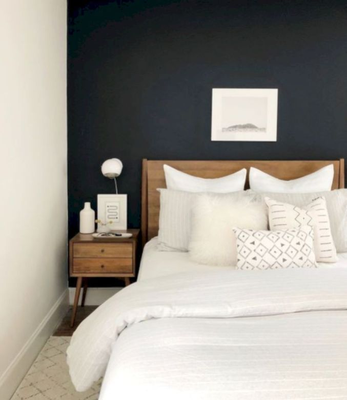 48 Modern Tiny Bedroom With Black And White Designs Ideas For Small Spaces Roundecor Home Decor Bedroom Small Master Bedroom Bedroom Interior