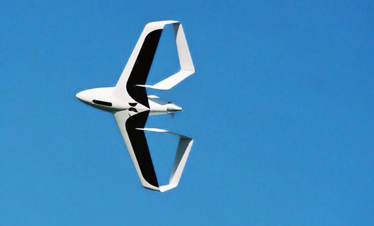 synergy airplane achieves 40MPG    the highly aerodynamic and fuel-efficient 'synergy' aircraft utilizes an innovative 'double-box tail' structural design