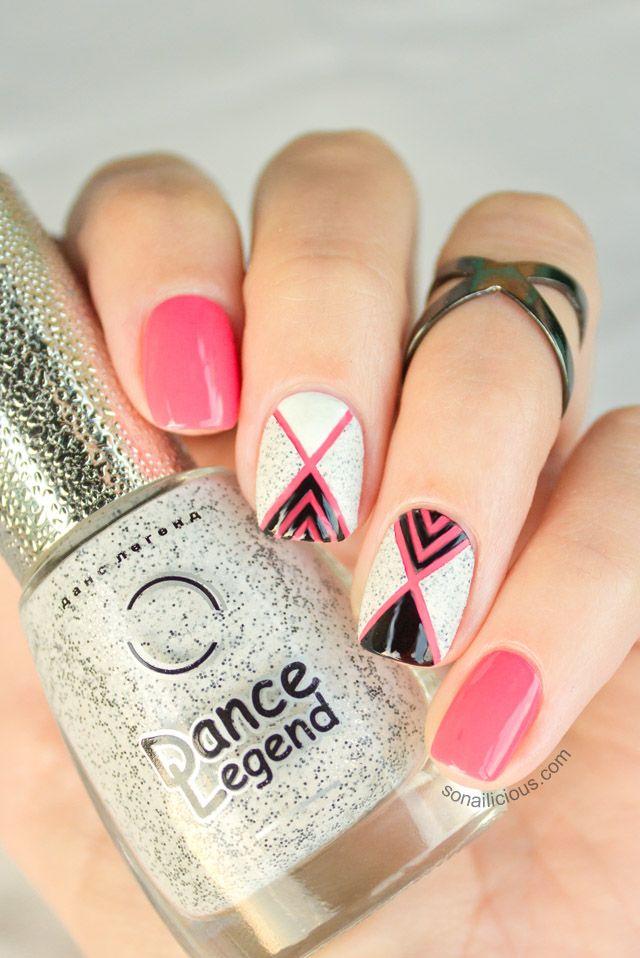 Beautiful Nail Art With Textured Nail Polish. Click for #nailart tutorial.