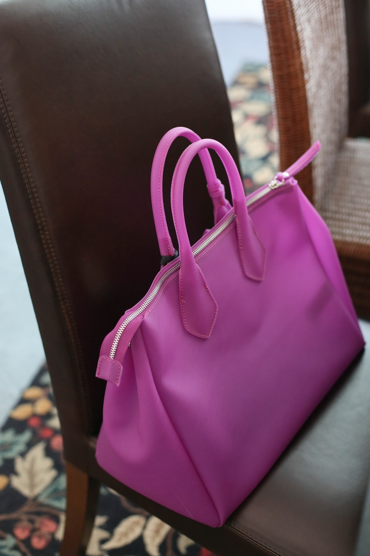 Jelly Bag! in radiant orchid color from Gianni Chiarini of Italy ♥my spring / summer bag♥