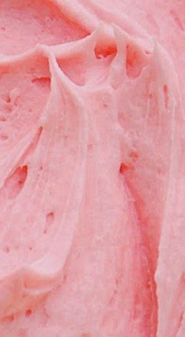 Pink Marshmallow Fluff Buttercream Frosting ❊