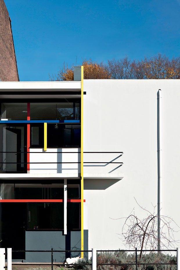Sobreposição de planos e linhas e o uso estratégico das cores na fachada da Casa Schröder (Foto: Julian Castle / Alamy / Glow Images)