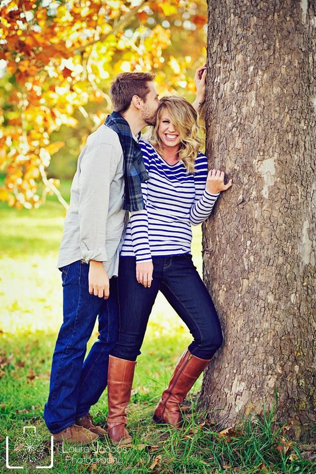 Fall engagement photos. #thebest #laurajacobsphotography