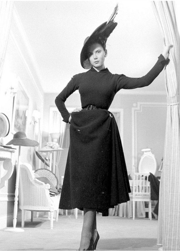 36 Best 1940 Pierre Balmain Images On Pinterest Pierre Balmain Vintage Fashion And Fashion