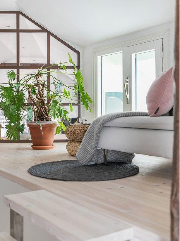 Un Appartement Loft Avec Terrasse En Coeur De Ville Planete Deco A