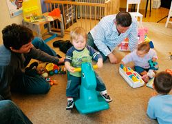 Community groups offer an informal opportunity for parents to get together and learn from each other in a fun, relaxed environment.